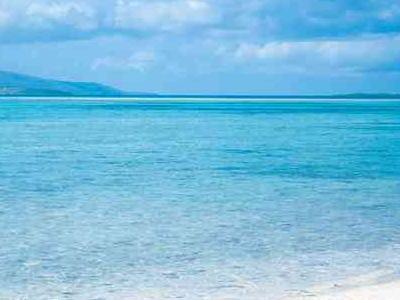 コバルトブルーの海