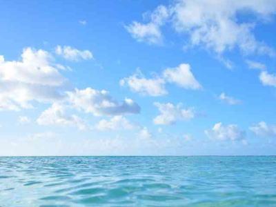海と空のイメージ画像