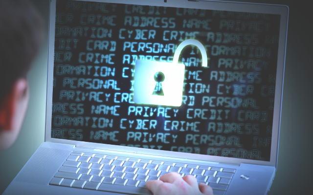 リスク管理としてのパソコン履歴・ログイン履歴の確認イメージ画像