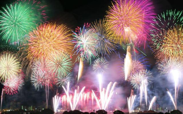 ブログサンプル花火大会のイメージ画像