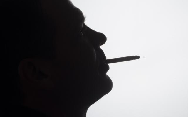 喫煙イメージ画像
